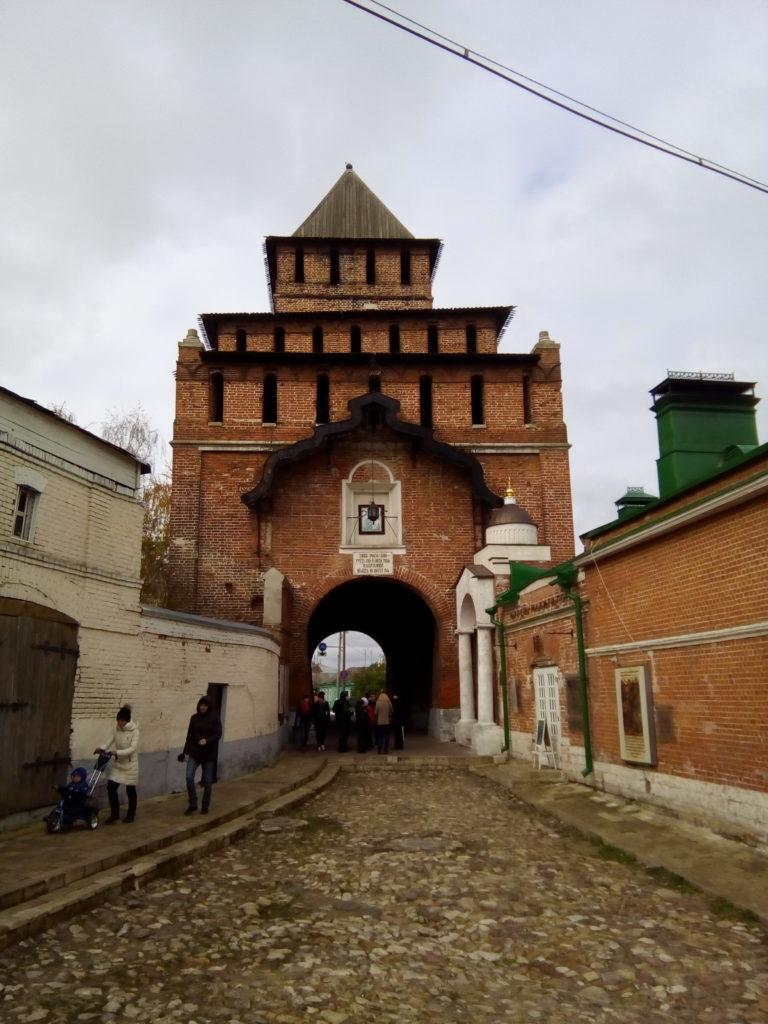 Один из входов в Коломенский кремль!