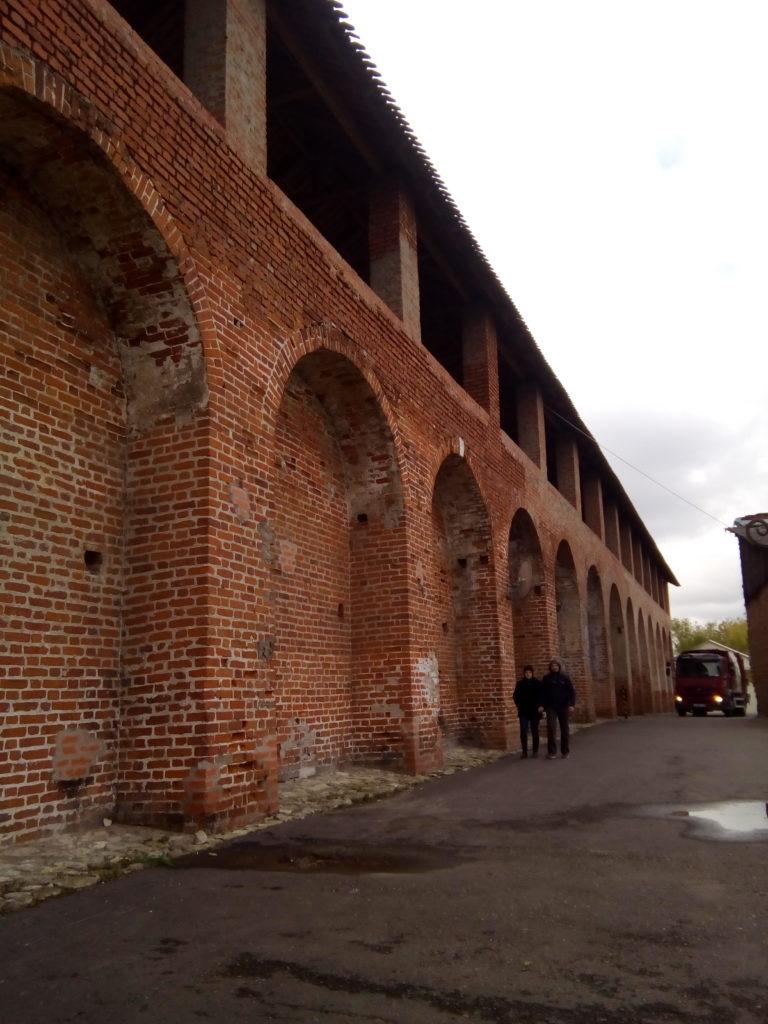 Старые стены Коломенского кремля