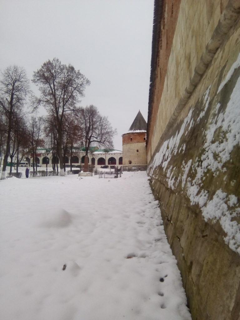 Стены древнего кремля!