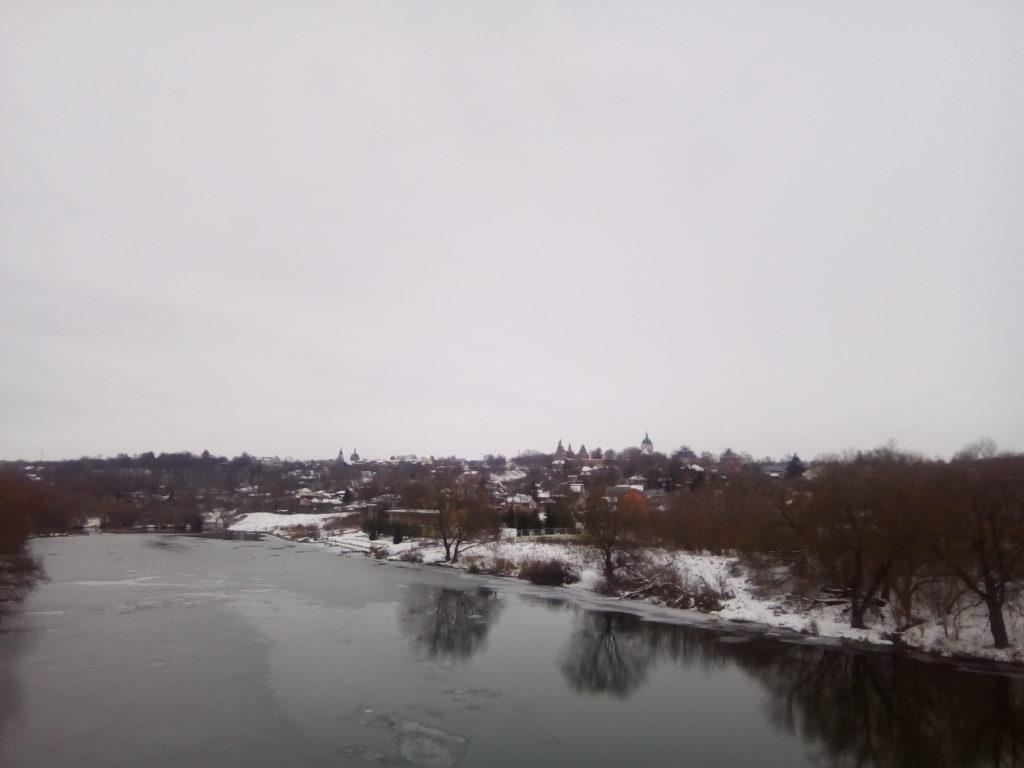 Вид на город Зарайск с моста через реку Осетр!