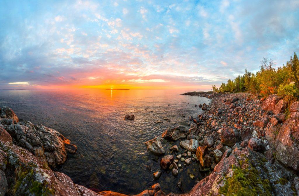 В путешествие по следам наемников: озеро Нево
